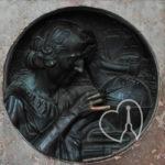 Il dito di Colombo in piazza castello